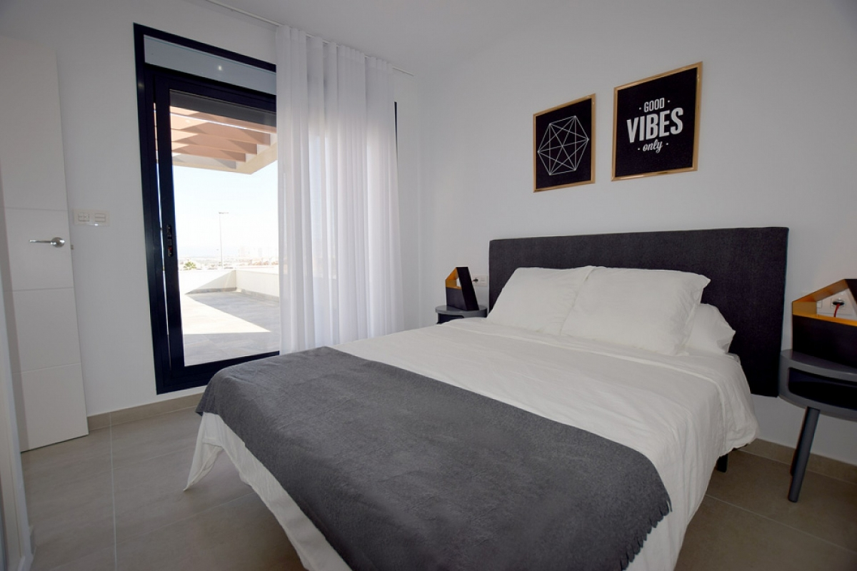 PROPERTIES FROM 69.500 € close to Golf Resorts at Costa Blanca - Attractive Villas near Torrevieja