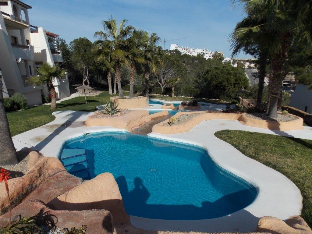 Immobilien ab 114.000 € am Golf Club Villamartín - Solides Apartment, Golf Club Villamartin, Costa Blanca
