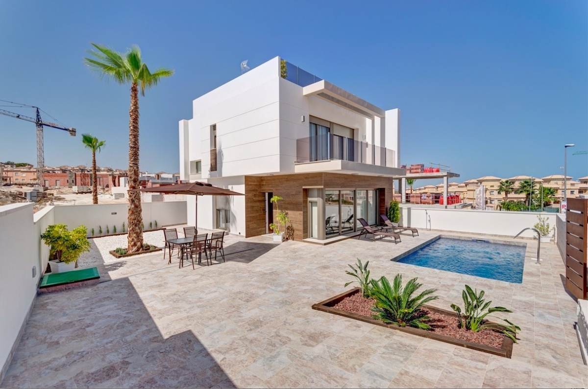 Costa Blanca Properties close to Golf Resorts - Villa MARINA, 3 km from best Golf Resort in Spani, Las Colinas Golf & Country Club, Las Colinas, Costa Blanca
