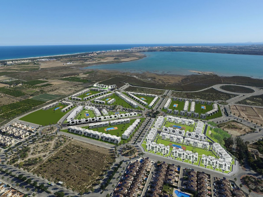 Costa Blanca Properties close to Golf Resorts - Apartments in El Raso, Costa Blanca