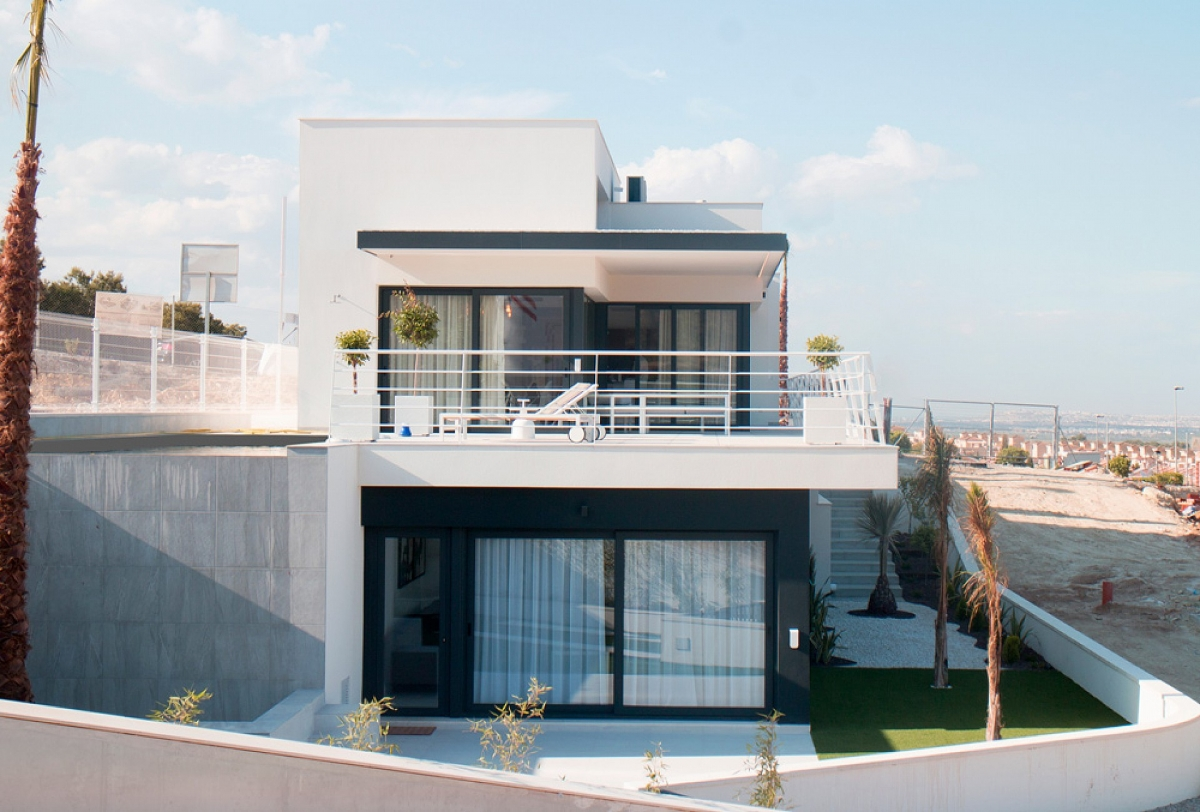 IMMOBILIEN AB 69.500 € in Nähe von Golf Resorts an Costa Blanca - Schöne Townhouses in San Miguel de Salinas, Costa Blanca -