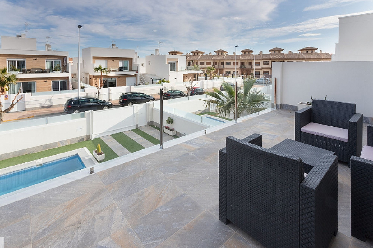 Costa Calida Properties close to Golf Resorts - Nice Detached Villa in San Pedro del Pinatar, Costa Calida