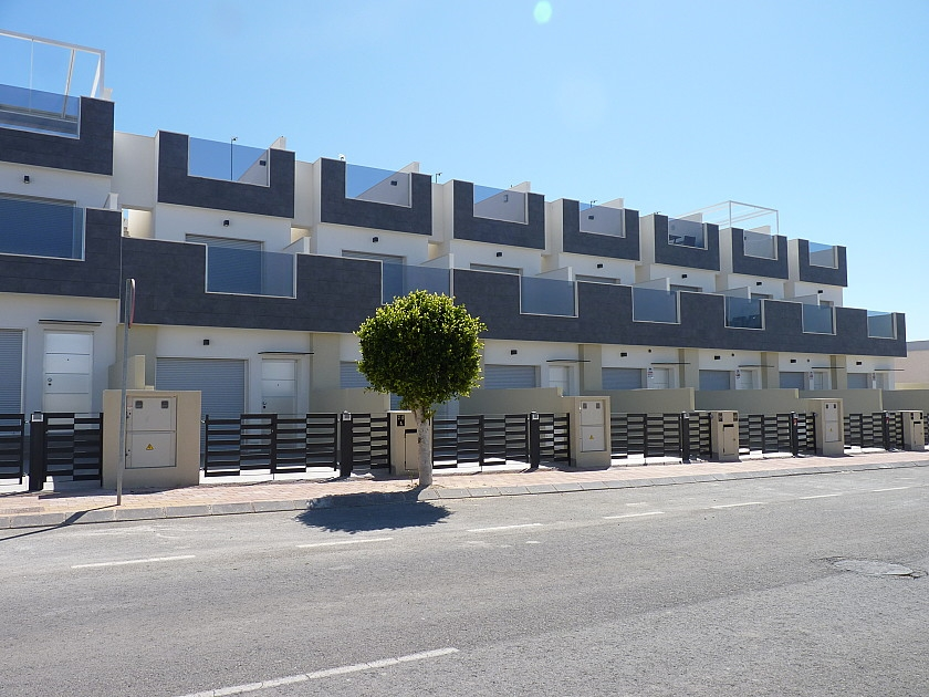 Costa Blanca Properties close to Golf Resorts - Townhouse in Torre de la Horadada, Costa Blanca