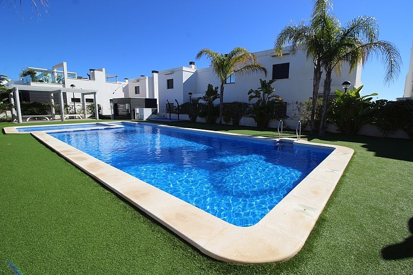 Costa Blanca Properties close to Golf Resorts - Townhouse in Lomas de Cabo Roig, Costa Blanca