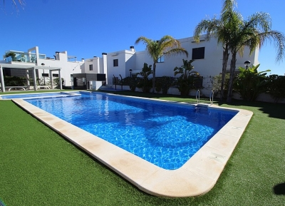 Townhouse in Lomas de Cabo Roig, Costa Blanca