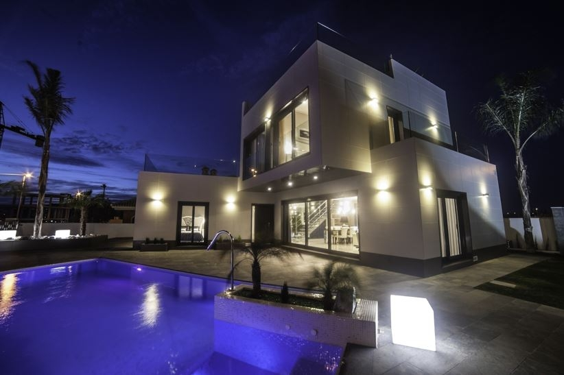 Costa Blanca Properties close to Golf Resorts - Villas DeLuxe San Miguel, Costa Blanca