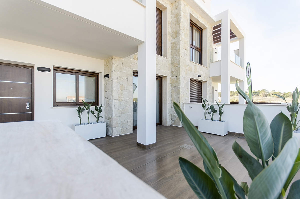 Costa Blanca Properties close to Golf Resorts - Apartments Torrevieja, Costa Blanca