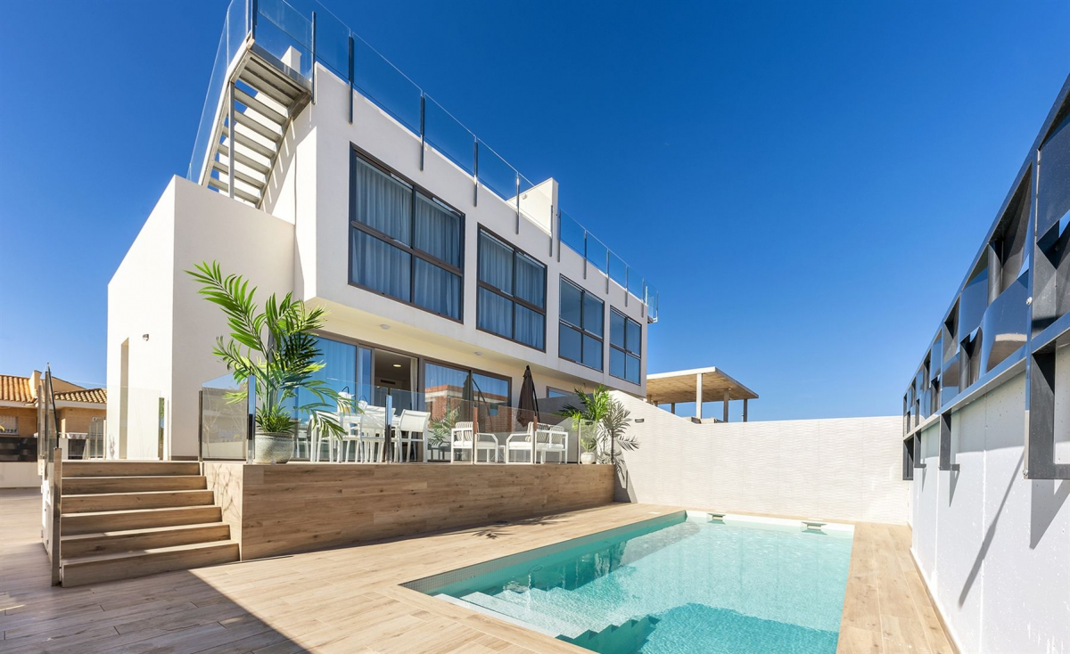 Costa Calida Properties close to Golf Resorts - Villas Lar de Mares Los Belones, Costa Calida